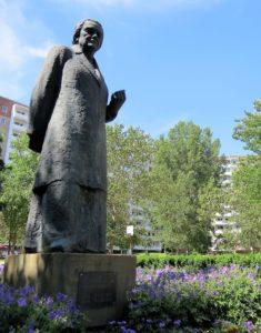 Clara-Zetkin-Denkmal Berlin-Marzahn